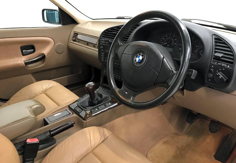 1998 BMW 328i SE Touring manual DEPOSIT TAKEN SOLD (picture 5 of 6)