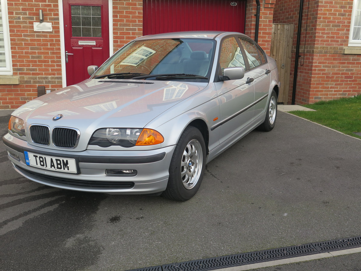 BMW 318iSE 4 door saloon 1999 only 36000miles fsh. For Sale (picture 1 of 6)