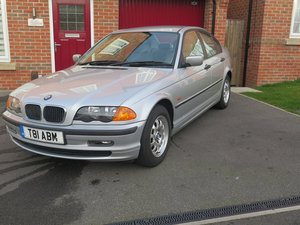 BMW 318iSE 4 door saloon 1999 only 36000miles fsh. For Sale