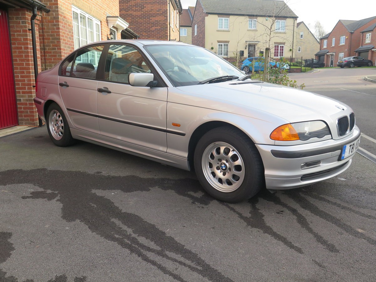 BMW 318iSE 4 door saloon 1999 only 36000miles fsh. For Sale (picture 2 of 6)