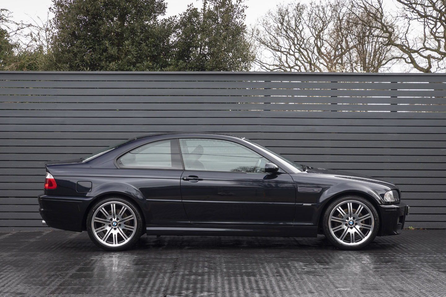 2005 BMW M3 (E46) Coupe Manual ONLY 25,000 MILES SOLD (picture 3 of 6)