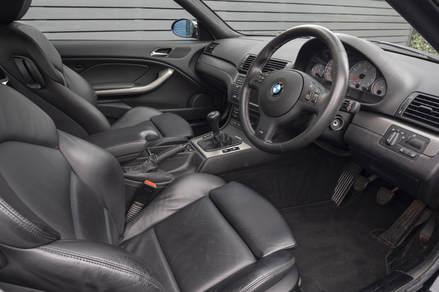 2005 BMW M3 (E46) Coupe Manual ONLY 25,000 MILES SOLD (picture 4 of 6)