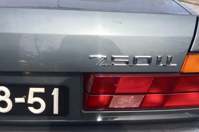 BMW 750 iL V12 (E32) 1989 For Sale (picture 2 of 6)