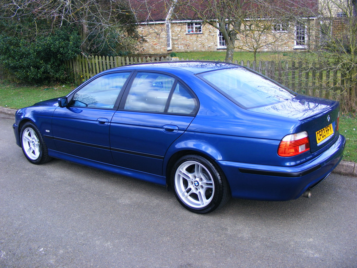 2003 Very Rare (1 Owner) E39 525i M Sport Petrol Manual For Sale (picture 4 of 6)