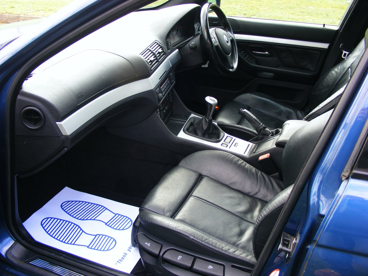 2003 Very Rare (1 Owner) E39 525i M Sport Petrol Manual For Sale (picture 5 of 6)