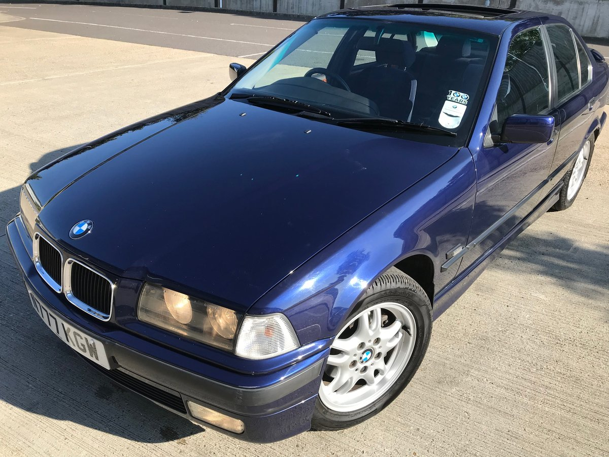 1996 BMW 320iSE Saloon AUTO, Metallic Blue For Sale (picture 3 of 6)