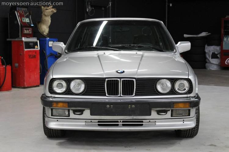 1984 BMW 323i E30 For Sale by Auction (picture 2 of 4)