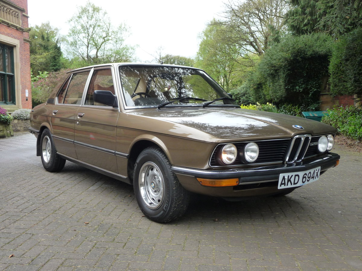 1981 Probably the best BMW E12 528i Manual available !! For Sale (picture 1 of 6)