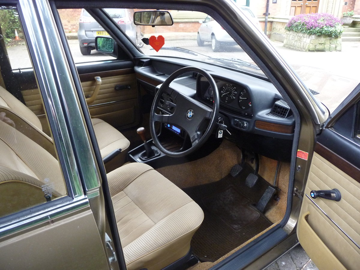 1981 Probably the best BMW E12 528i Manual available !! For Sale (picture 3 of 6)