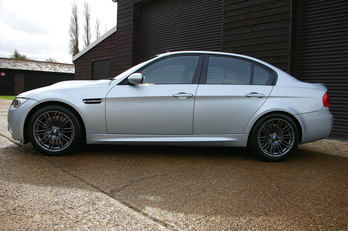 2009 BMW E90 M3 4.0 V8 DCT Saloon Automatic (34,689 miles) SOLD (picture 2 of 6)