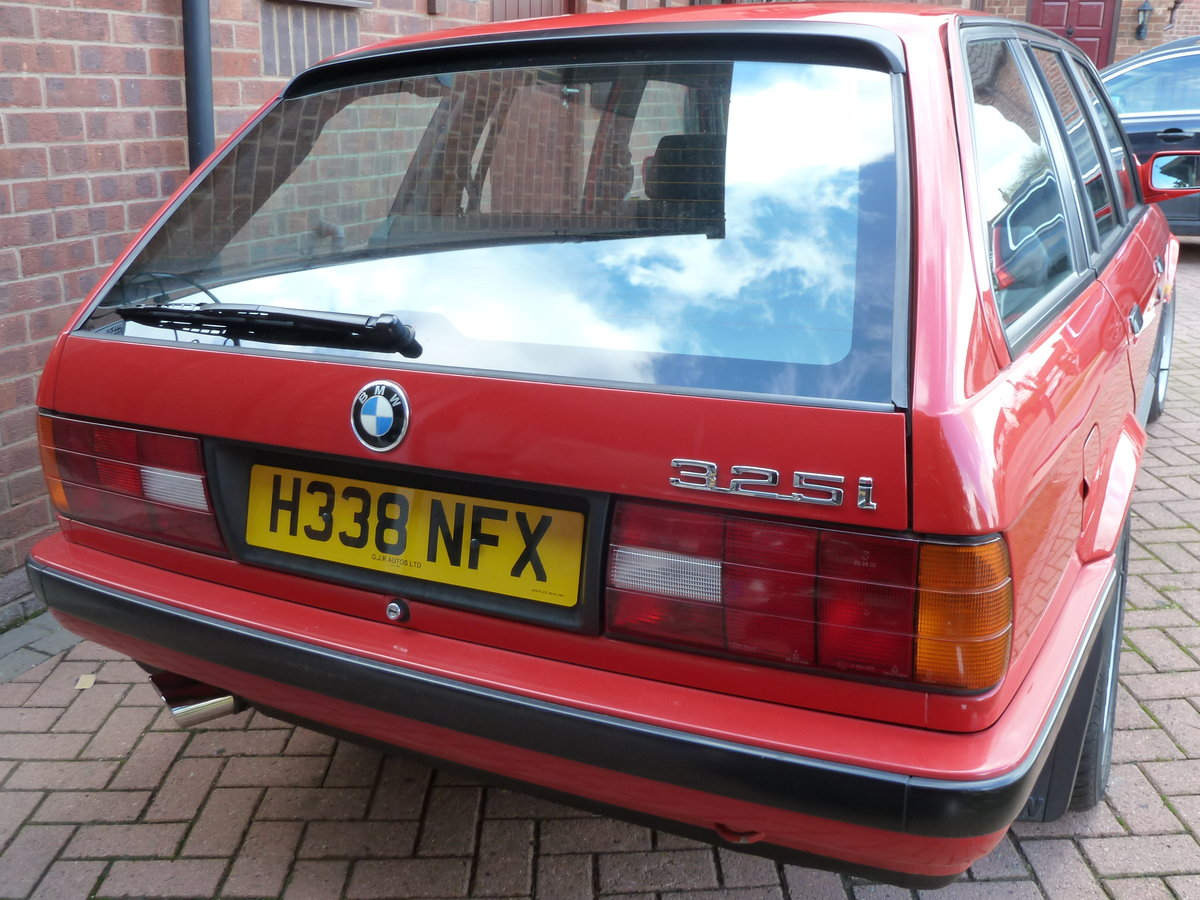 1990 BMW E30 325i Manual Touring For Sale (picture 2 of 6)