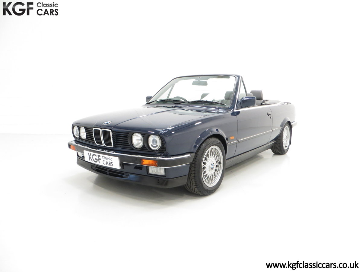 1990 A Stunning Pre-Facelift BMW E30 325i Convertible SOLD (picture 2 of 6)