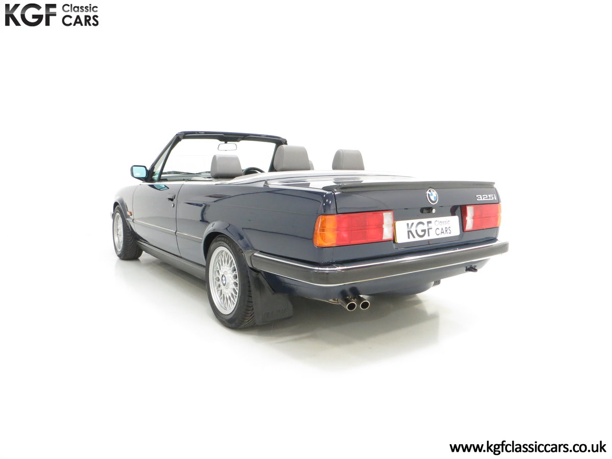1990 A Stunning Pre-Facelift BMW E30 325i Convertible SOLD (picture 4 of 6)