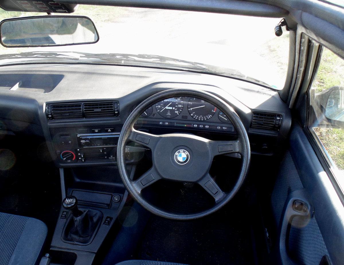 1985 BMW 320i Baur Cabriolet SOLD (picture 4 of 6)