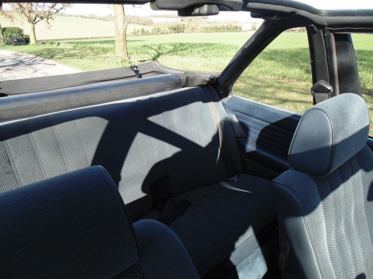 1985 BMW 320i Baur Cabriolet SOLD (picture 5 of 6)