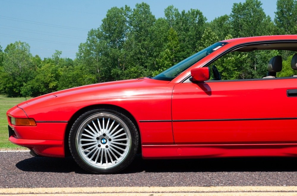 1991 BMW 850i = Six-speed Manual Clean Red 111k milles $30.9 For Sale (picture 3 of 6)