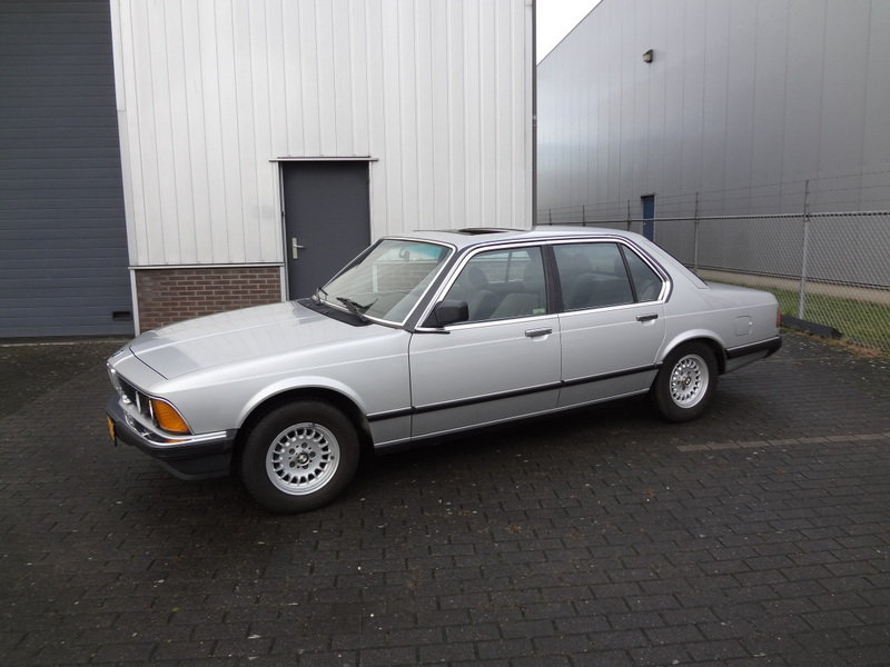 BMW 732i Manual Gearbox 1985 SOLD (picture 1 of 6)