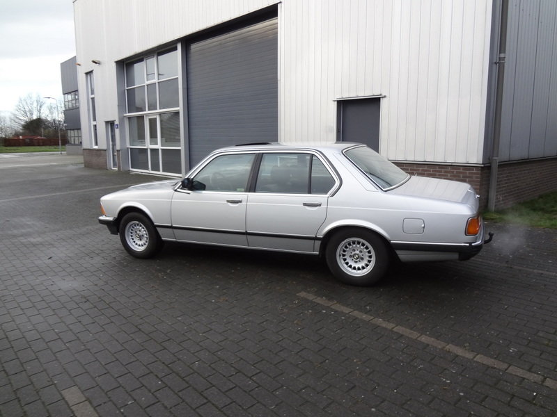 BMW 732i Manual Gearbox 1985 SOLD (picture 3 of 6)