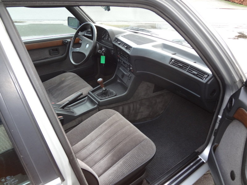 BMW 732i Manual Gearbox 1985 SOLD (picture 5 of 6)