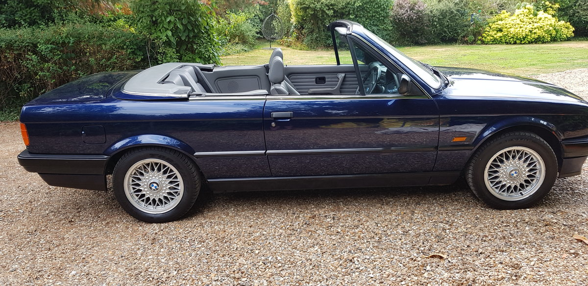 Rare 1993 K reg BMW  318i LUX Con-Full P.Hood! For Sale (picture 4 of 6)