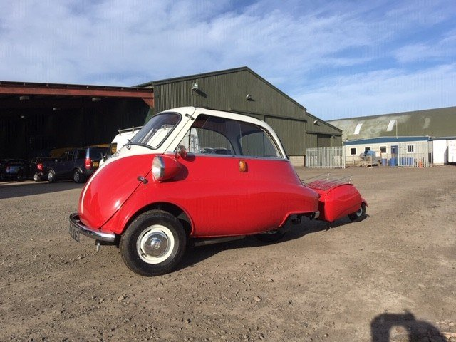 1958 BMW Isetta Bubble Car at Morris Leslie Auction 25th May SOLD by Auction (picture 1 of 6)