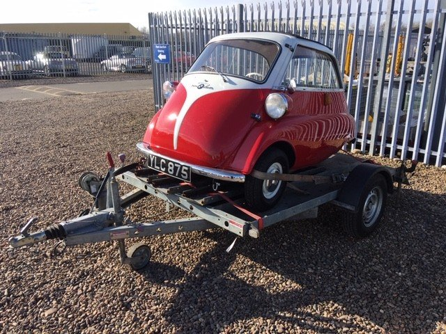 1958 BMW Isetta Bubble Car at Morris Leslie Auction 25th May SOLD by Auction (picture 4 of 6)