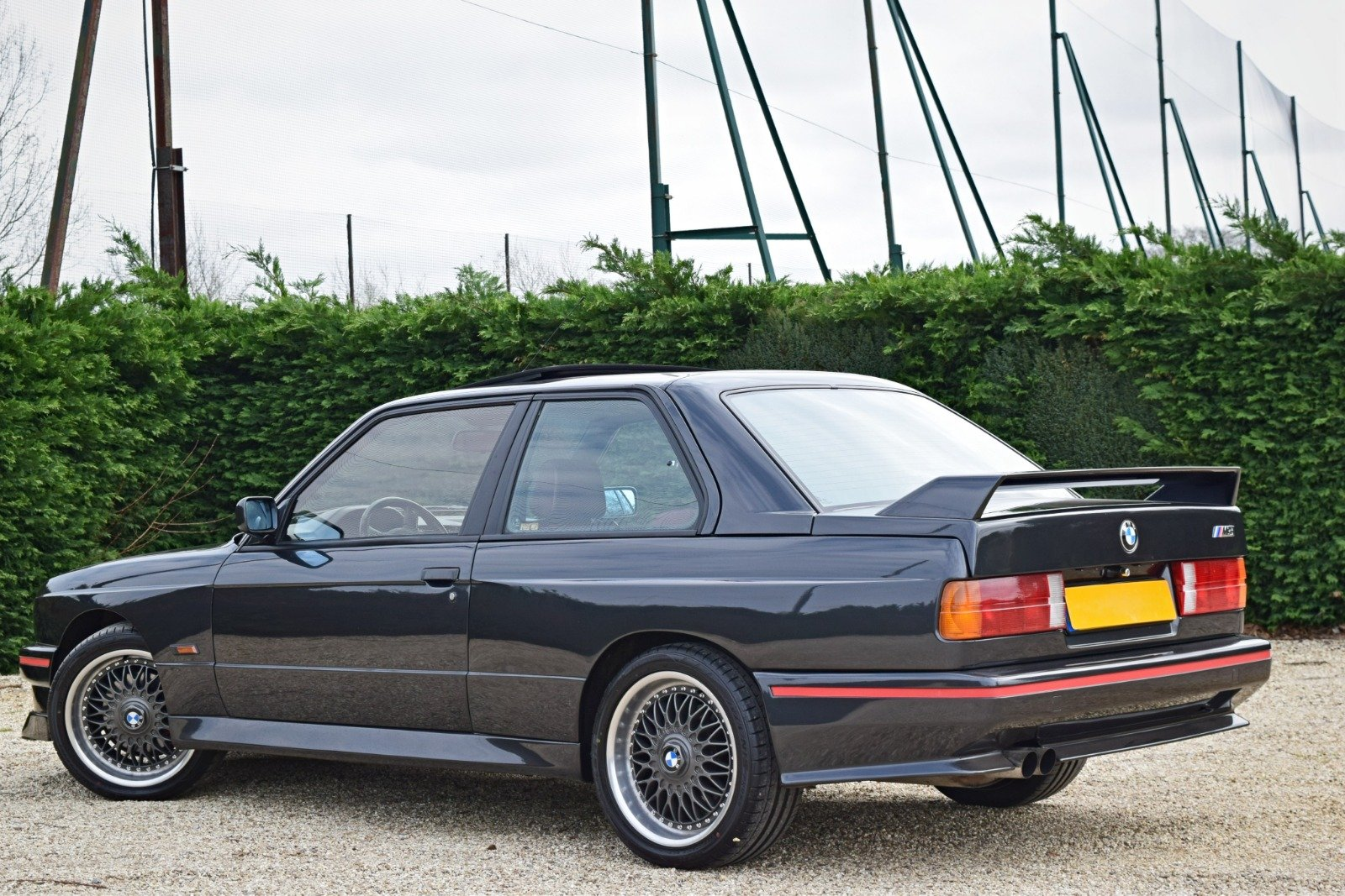 BMW M3 E30 2.3 PETROL MANUAL 1992/K BLACK For Sale (picture 4 of 6)