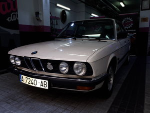 BMW e 28 520i 1980 in very good situation