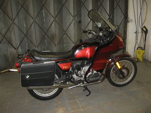 1981 W-reg BMW R100RT Classic tourer in red metallic