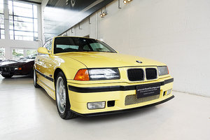 Picture of 1994 Superb maintained, rare Dakar Yellow, books etc SOLD