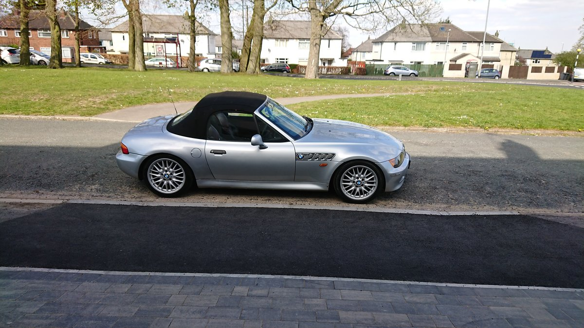 1998 Bmw Z3 Roadster 1.9L For Sale (picture 1 of 6)