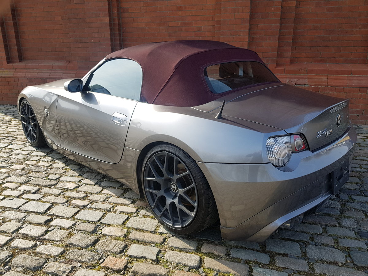 BMW Z4 CONVERTIBLE 2.5 AUTO * RARE COLOUR SOFT TOP *  For Sale (picture 2 of 6)