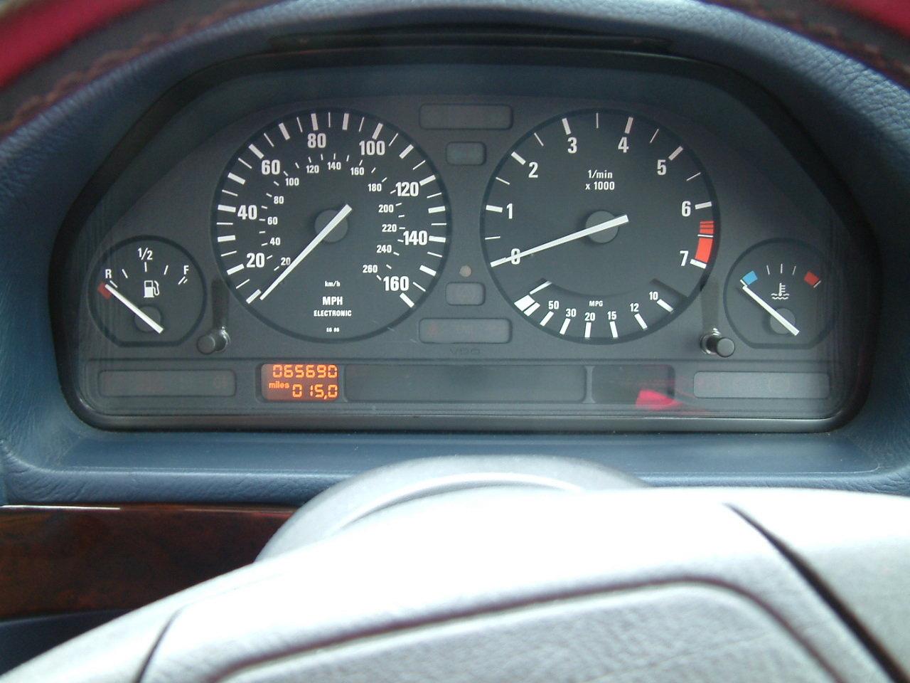 Classic 1994 BMW E34 525i Auto 65000 miles For Sale (picture 5 of 6)