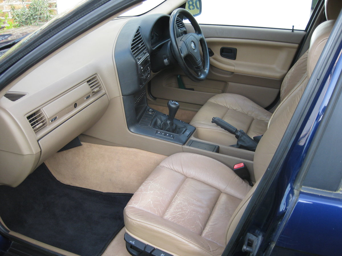 1995 BMW Touring SE Manual SOLD (picture 3 of 6)
