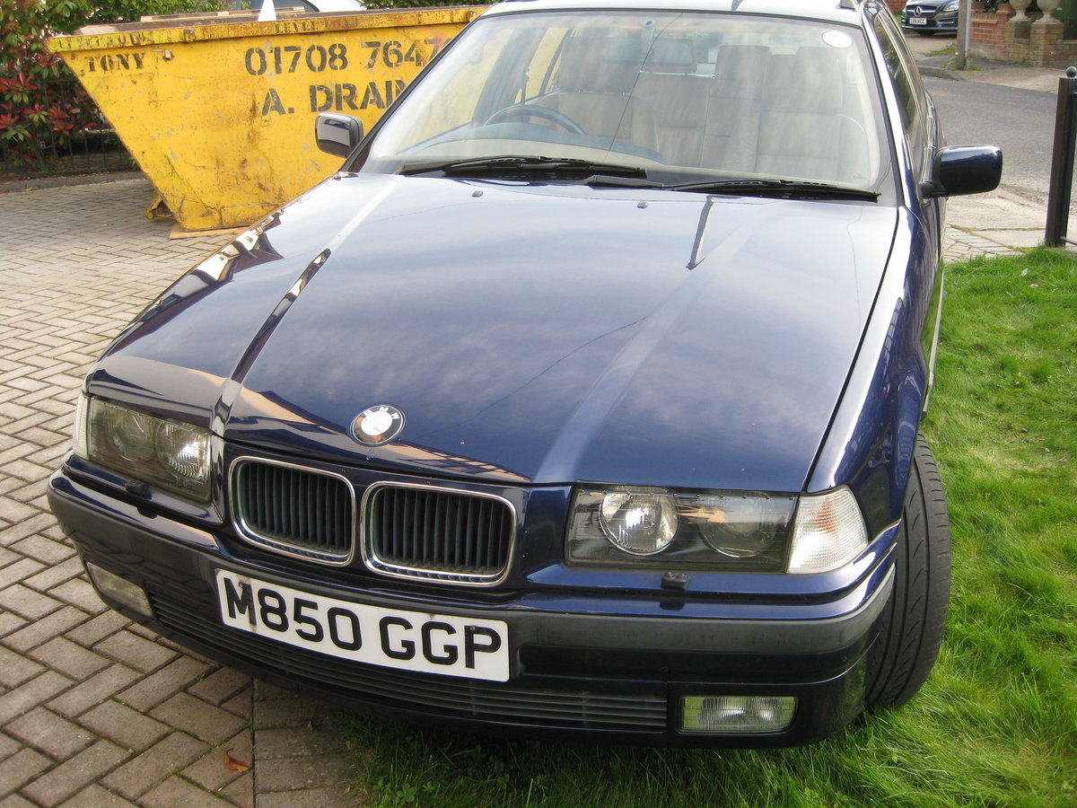 1995 BMW Touring SE Manual SOLD (picture 5 of 6)