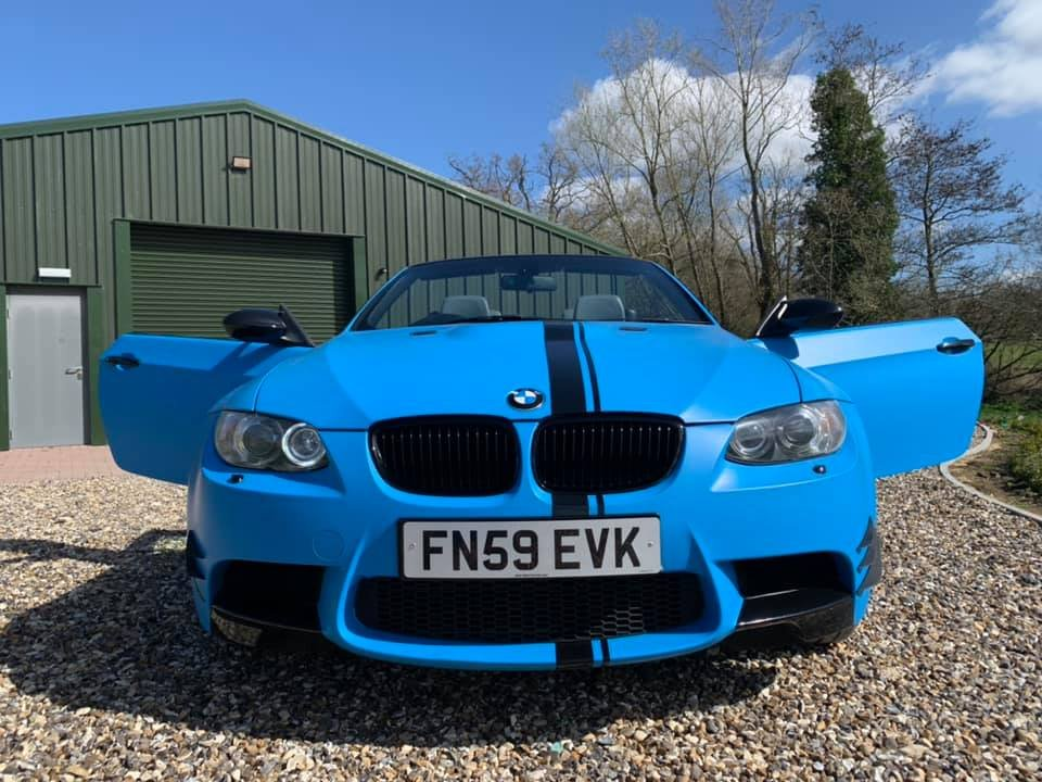 2009 STUNNING  WRAPPED  ICE  BLUE  M3  CONVERTIBLE  For Sale (picture 2 of 6)