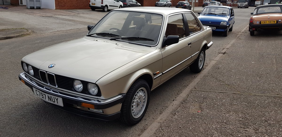 1985 Absolutely gorgeous BMW Auto 323i For Sale (picture 6 of 6)