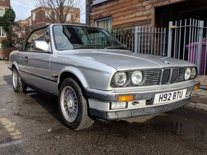 1990 E30 320i Convertible in Silver For Sale