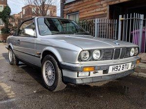 1990 E30 320i Convertible in Silver