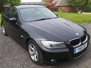 2011 BMW 320d Efficient Dynamics Saloon Navigation - Leather For Sale