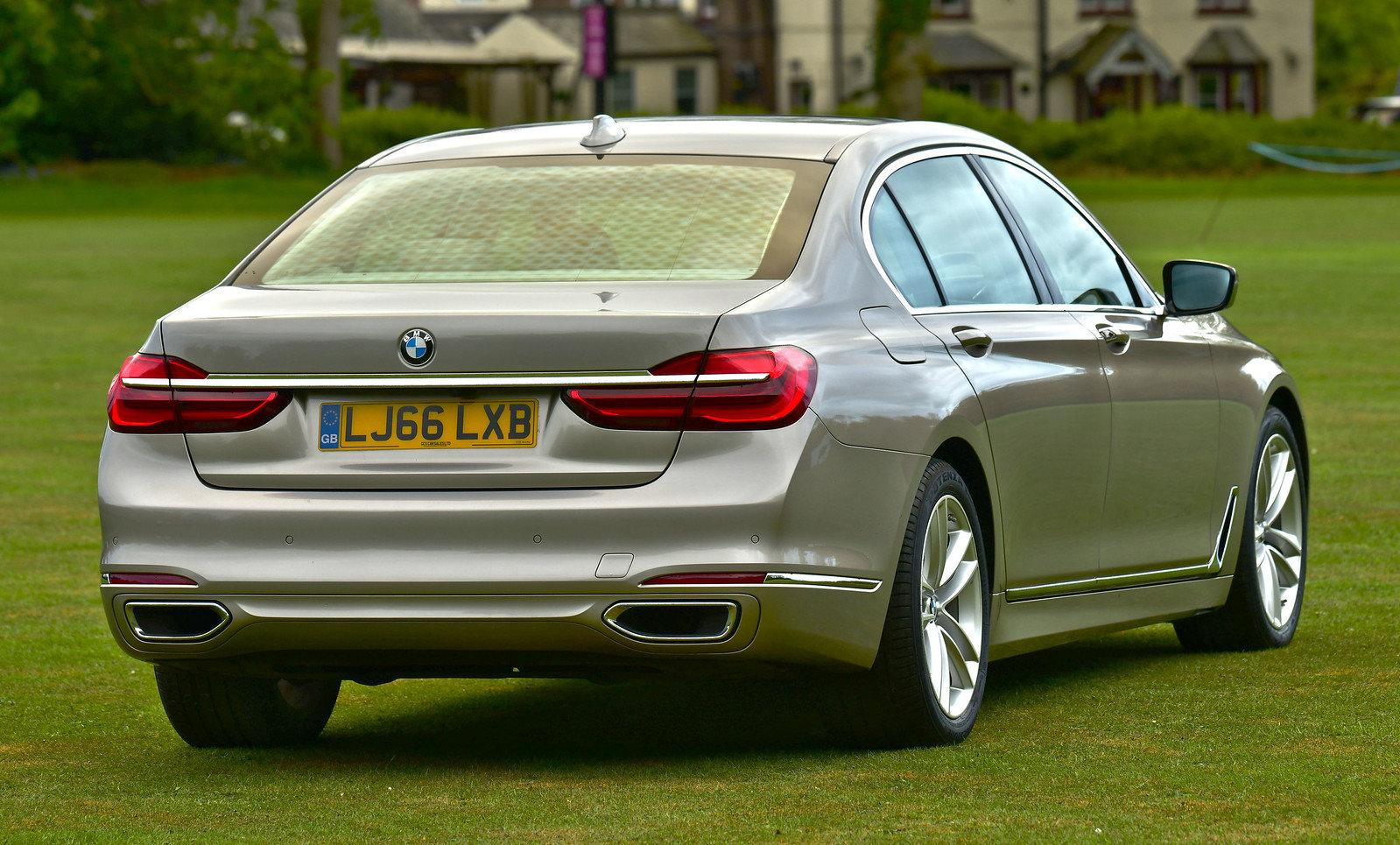 2016 BMW 7 Series Twin Turbo  740Li LWB Saloon 4dr Petrol  SOLD (picture 2 of 6)