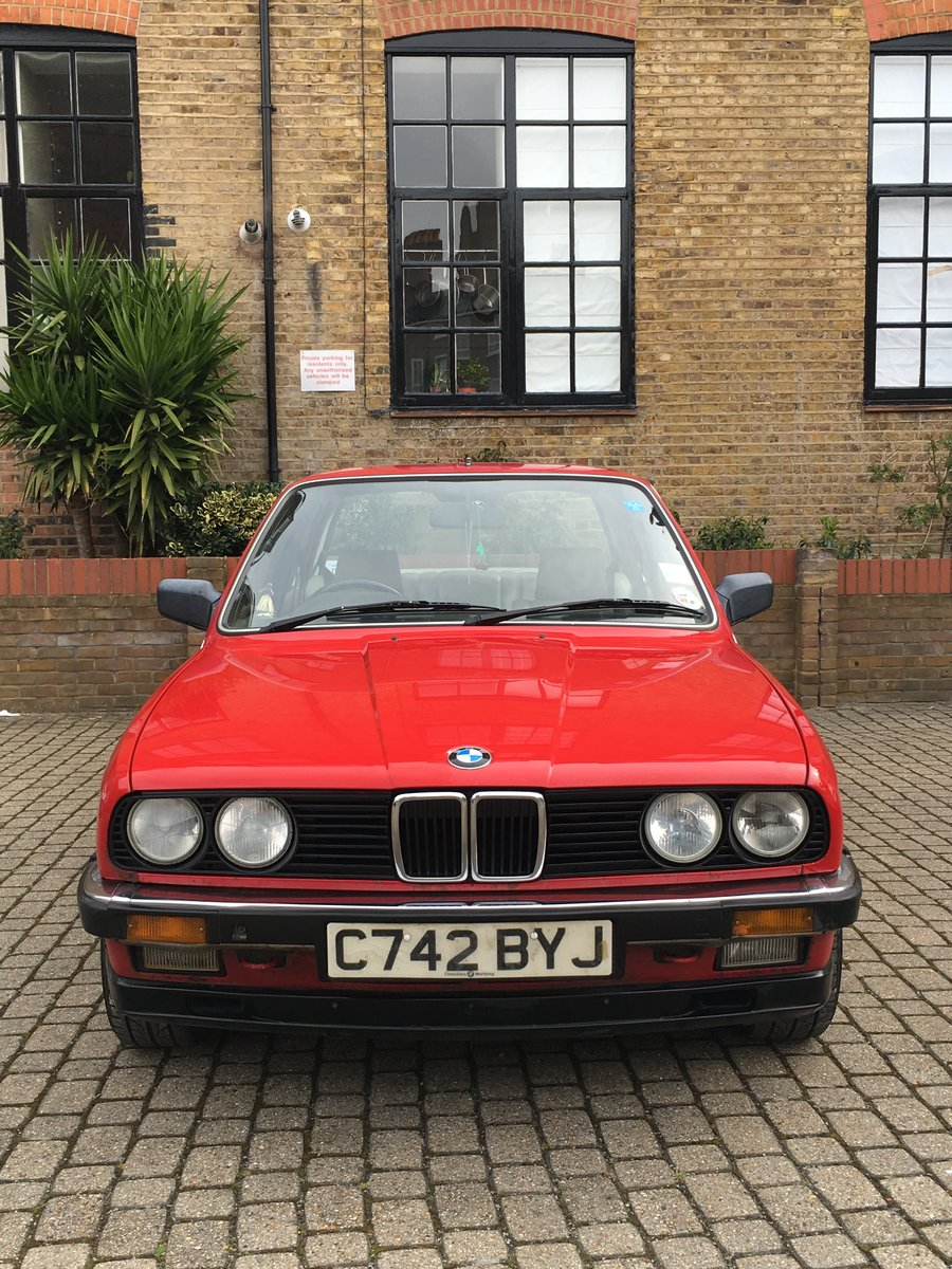 1985 BMW E30 323i Red Coupe Automatic Low Milage For Sale (picture 2 of 6)