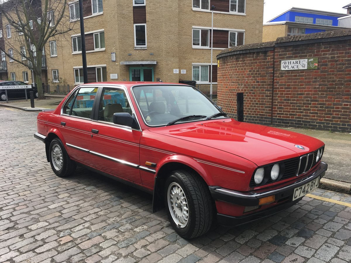 1985 BMW E30 323i Red Coupe Automatic Low Milage For Sale (picture 3 of 6)