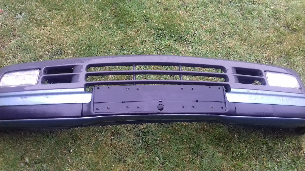 E36 BMW 325i  HEADLAMPS/E39 BMW ALLOY WHEELS For Sale (picture 3 of 6)
