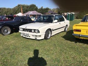 1985 BMW e28, White 1986 manual m535i For Sale