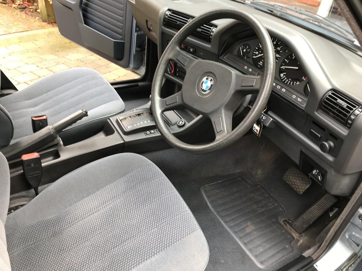 1989 BMW 316i E30 4 Door Auto 61,800 miles SOLD (picture 4 of 6)