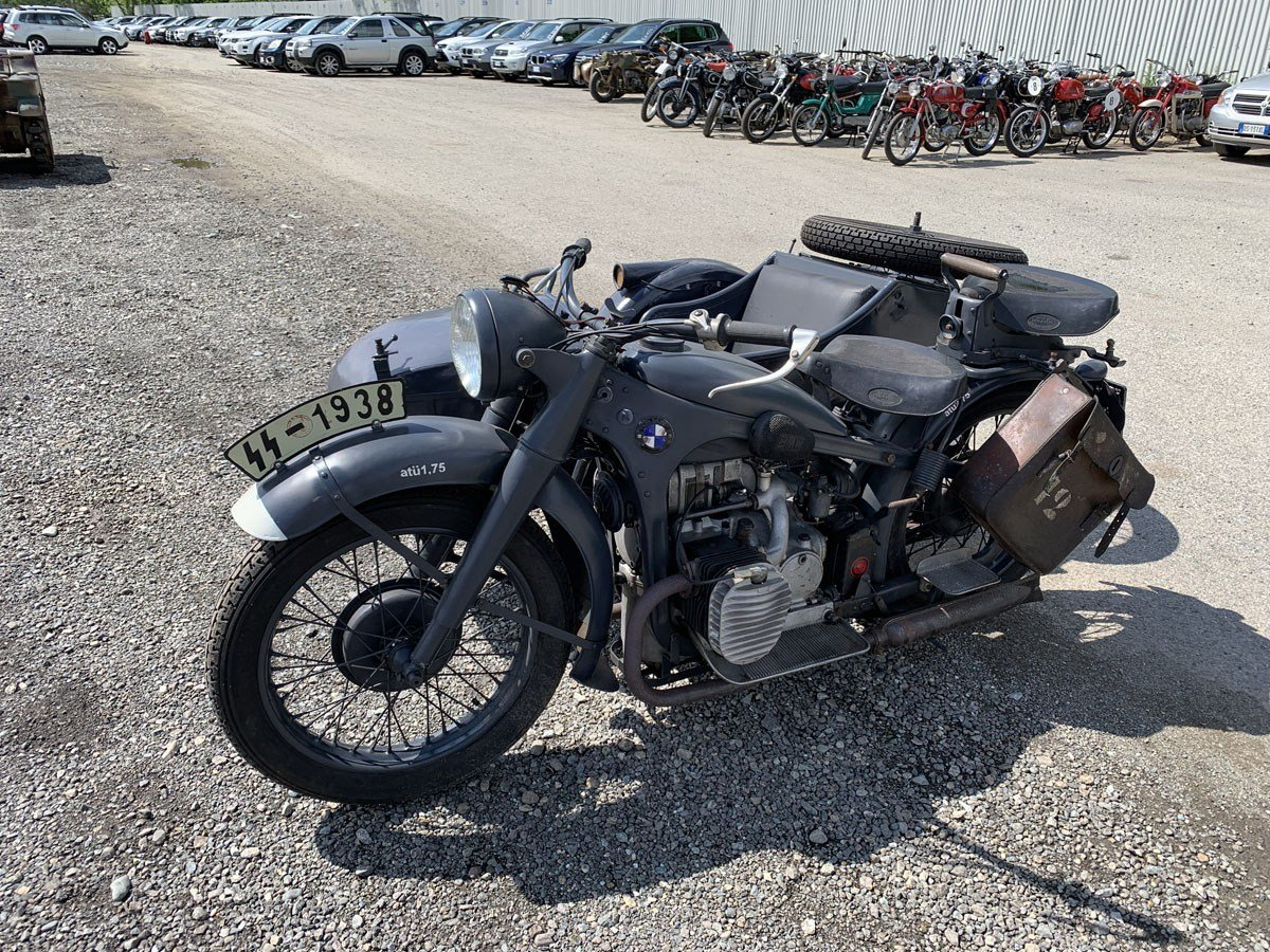 1939 BMW R12 with Sidecar For Sale by Auction (picture 2 of 3)
