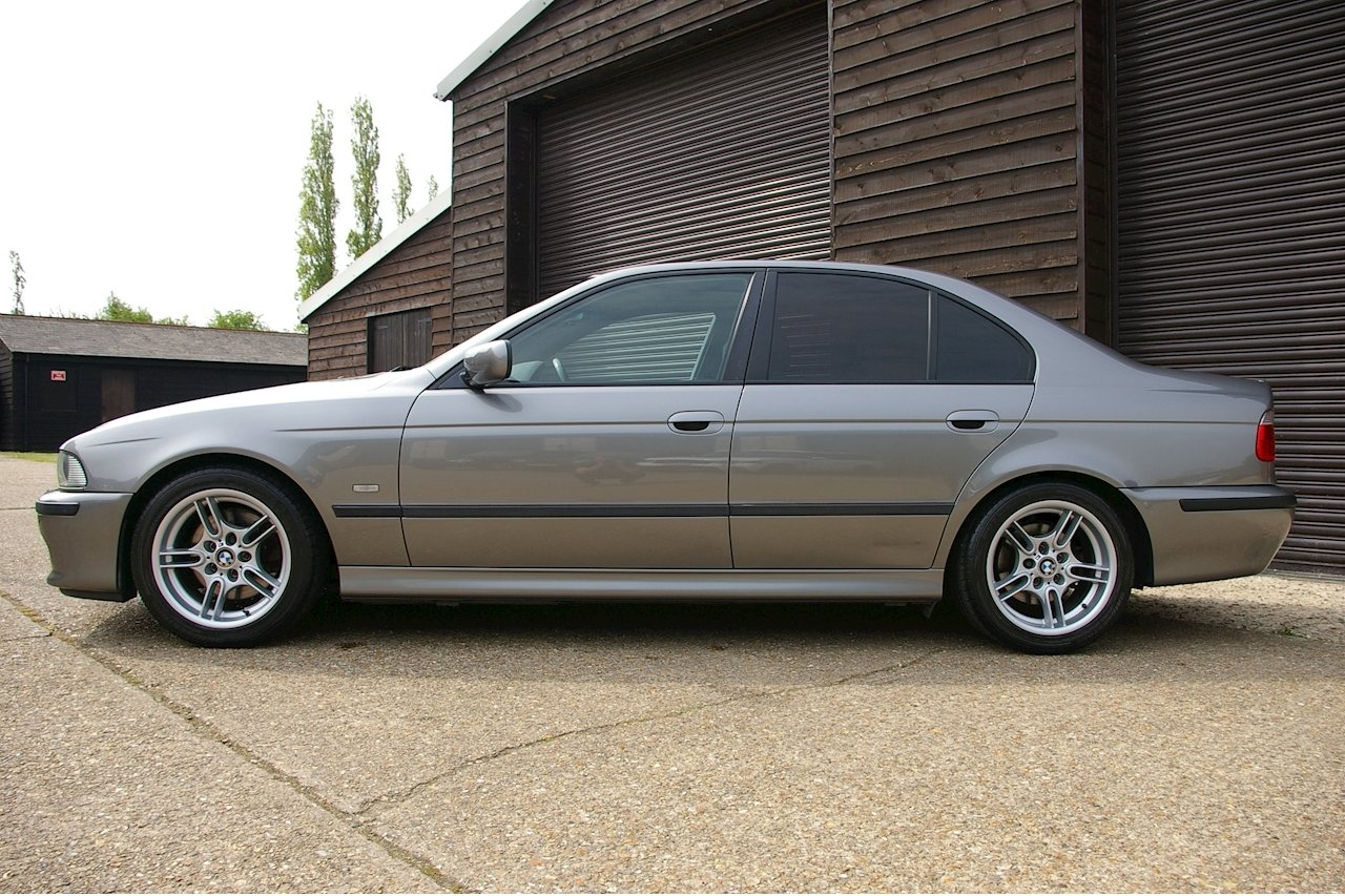 2002 BMW E39 530i M-Sport Automatic Saloon (46,142 miles) SOLD (picture 2 of 6)