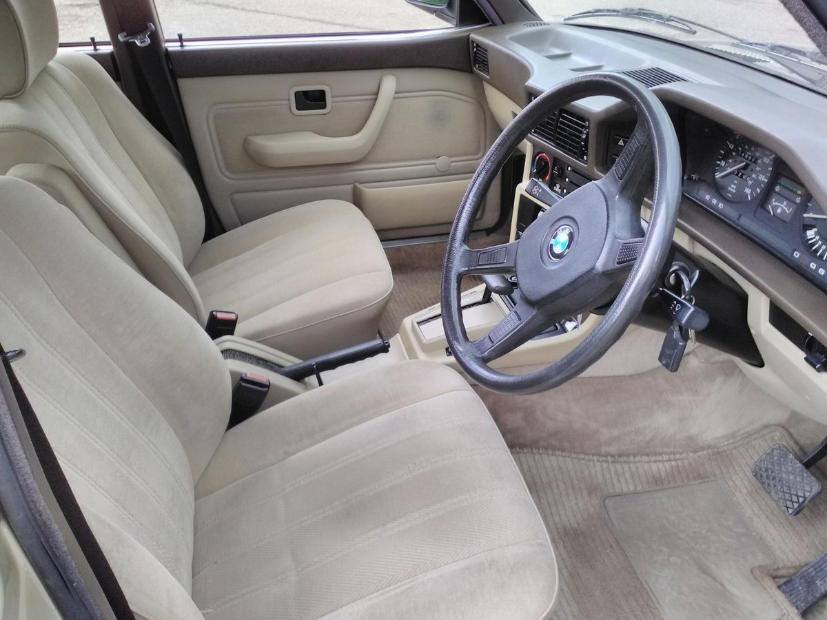 1986 BMW E28 525e One Previous owner For Sale (picture 5 of 6)