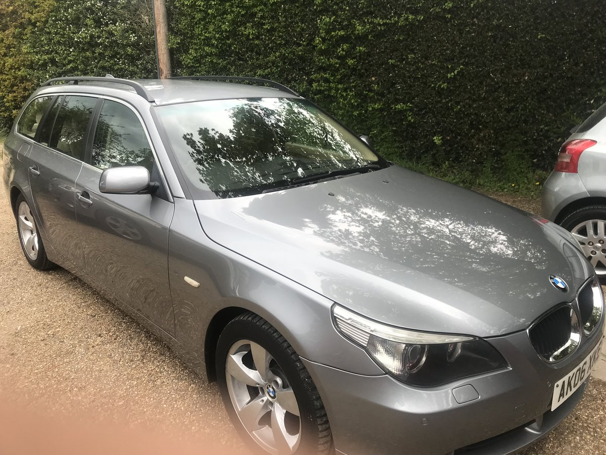 2006 BMW 520 DIESEL ESTATE TOURING SE MODEL STUNNING CAR  For Sale (picture 1 of 5)